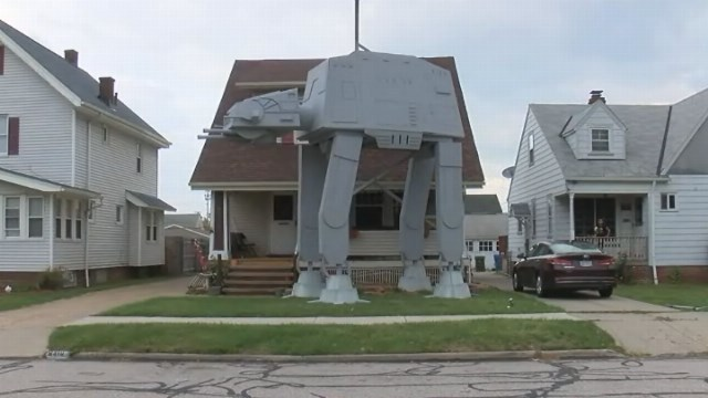 Ohio Star Wars Halloween AT-AT Replica