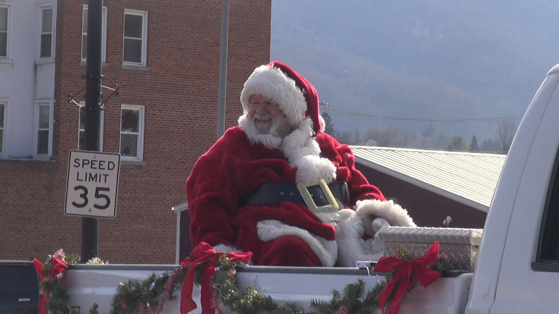 Bluefield Christmas Parade.jpg