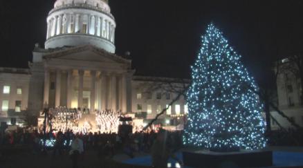 WV Capitol at Christmas_1543849070081.png.jpg