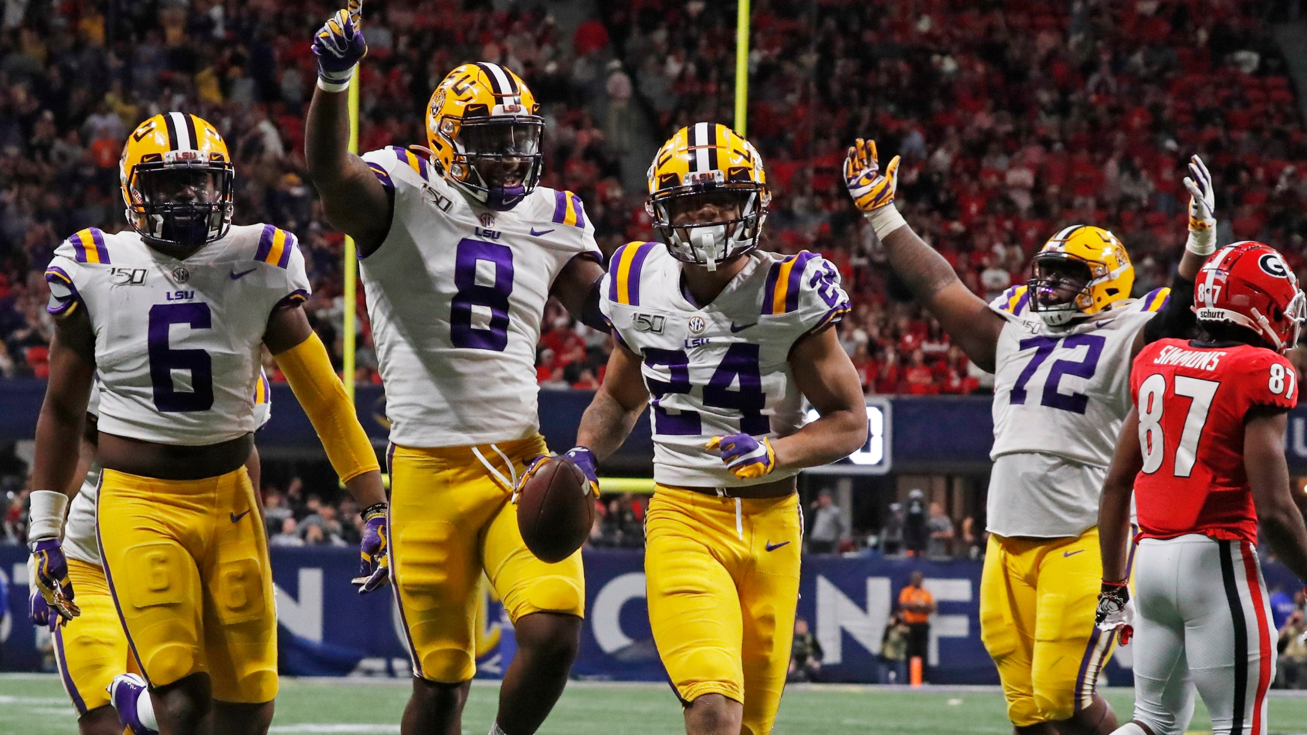 Ap Top 25 Takeaways Who S In Cfp Is Easy But Who S No 1